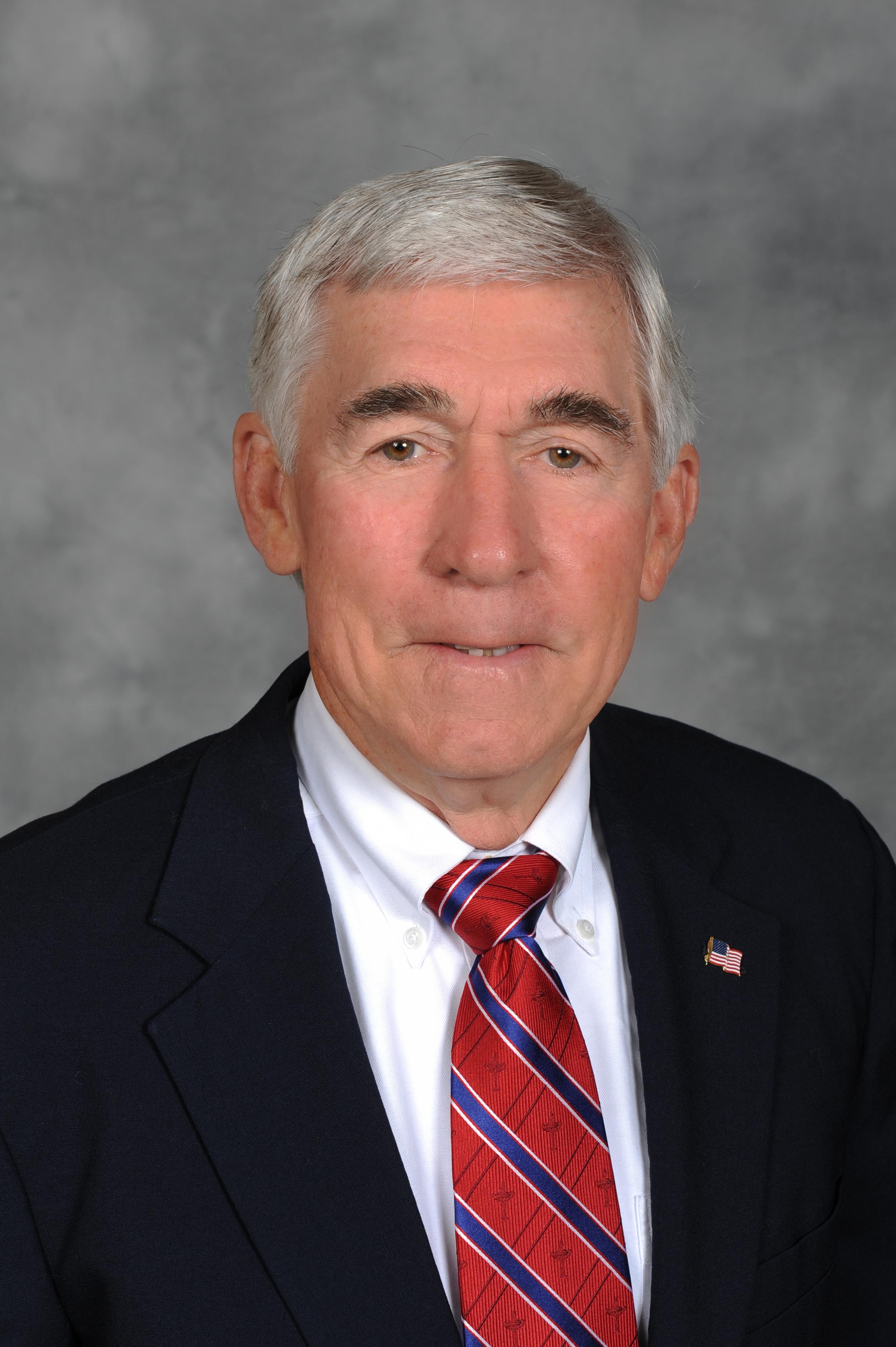 Headshot of former Boadr Chairman Charles M. Thrash